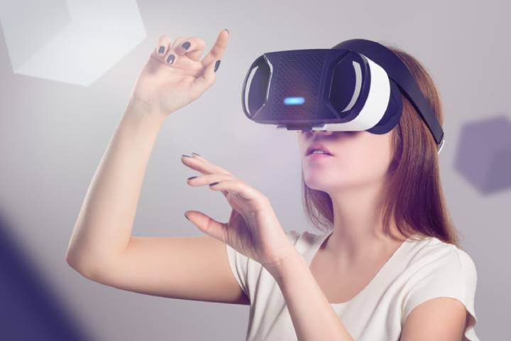 5 Surprising Virtual Reality (VR) Trends For 2021