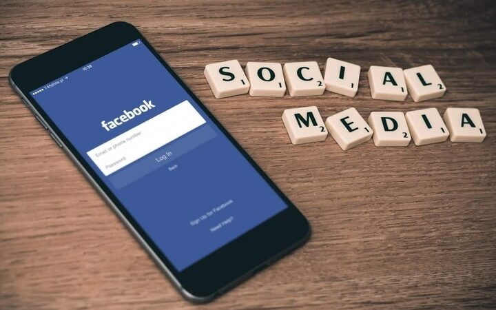7 Best Artificial Intelligence Tools to Optimize Facebook Ads Campaigns